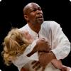 Почему Шекспир сделал Отелло мавром?