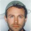 Почему власти Австрии разрешили сфотографироваться одному жителю на водительские права с дуршлагом на голове?