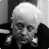 Откуда взялись подёргивания головой Леонида Броневого на «Семнадцати мгновениях весны»?
