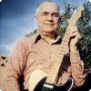 Какой знаменитый конструктор электрогитар сам не умел играть на гитаре?